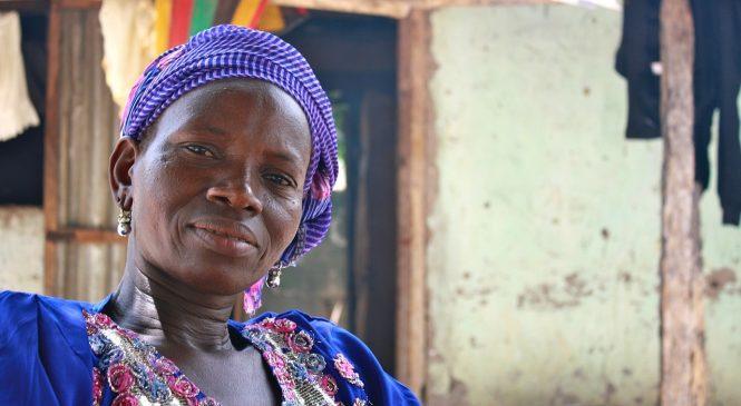 Sababu 6 za Kwanini Mara Nyingi Wanawake Huishi Zaidi ya Wanaume